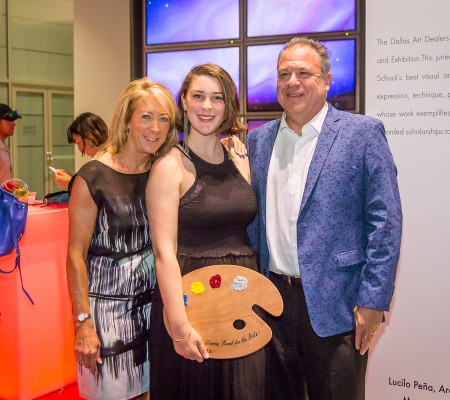 Lauren Kuehmeier and family 2016 awards - CHG award winner