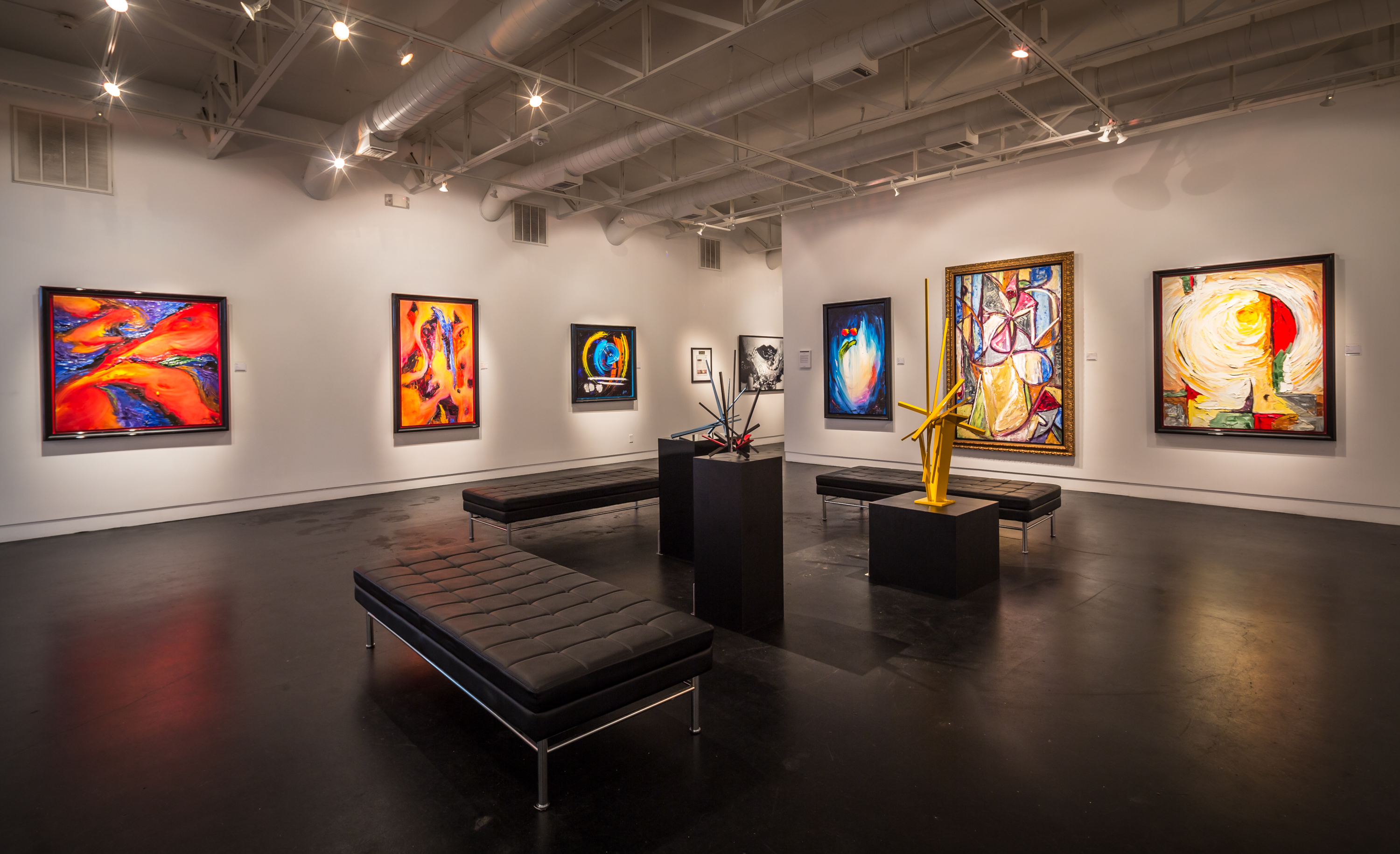 Art Gallery Hanging Systems